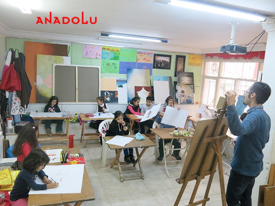 Çocuklarla Resim Atölyesinde Çalışmalar Gaziantepda