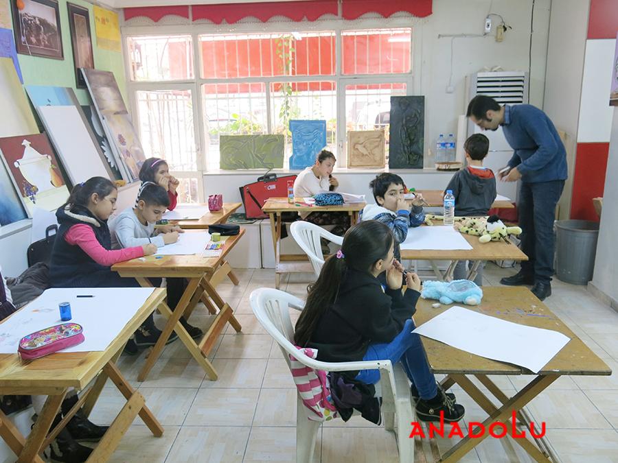 Çocuklar İçin Geliştirilebilir Yetenek Eğitimleri Devam Etmekte Gaziantepda