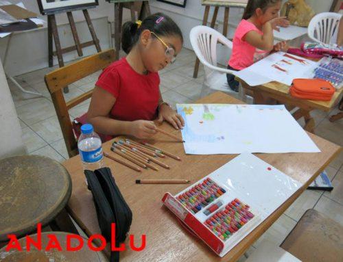 Gaziantepteki Çocuklar Karakalem Işık Çalışmaları