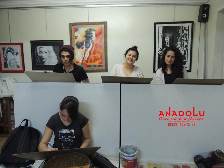 Anadolu Güzel Sanatlarda Karakalem Çizim Atölyesi Gaziantepda